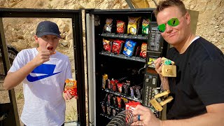 What's inside a Vending Machine?