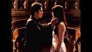 Damon& Elena [Смотришь в небо ]