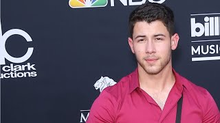 Nick Jonas and Priyanka Chopra Confirm Relationship By Being Seen At Airport Together