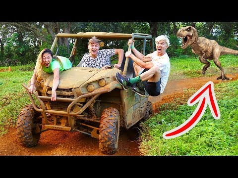 EXPLORING ABANDONED JUNGLE!!