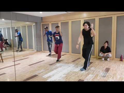 Tiger Shroff learning bollywood steps from Mr Paresh Shirodkar