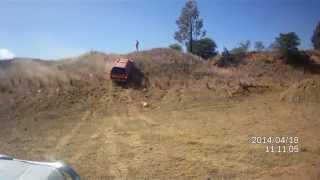 Ranger T6 vs Hilux vs Navara (Navara Climb)