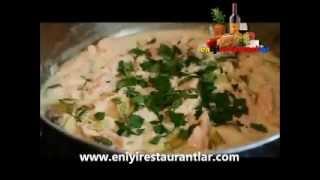 info@eniyirestaurantlar.com,Creamy Salmon Leek Pasta - Easy Spring Seafood Pasta Sauce Recipe