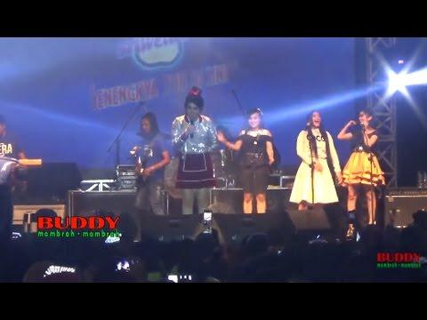 Via Vallen - Kimcil Kepolen - Aksi Sriwedari 2017 LIVE Alun - Alun Banyumas