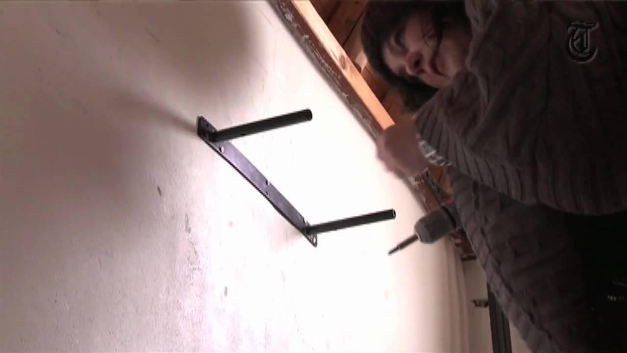 Plank Bevestigen Muur.Hoe Het Moet Een Plankje Ophangen Youtube