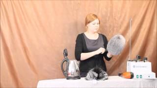 Отпарка меховой шапки(Видео о том как восстановить утраченный вид мятой меховой шапки с помощью расчёски и электро чайника., 2014-02-25T19:40:07.000Z)
