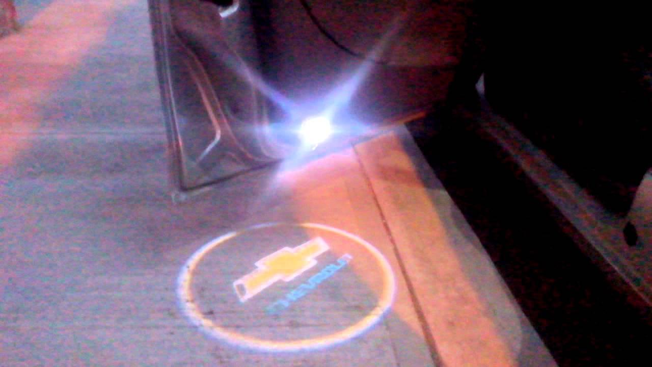 Luz decortesia proyector logo de marca de tu auto ultima generacion luz decortesia proyector logo de marca de tu auto ultima generacion sin perforacion youtube thecheapjerseys Gallery