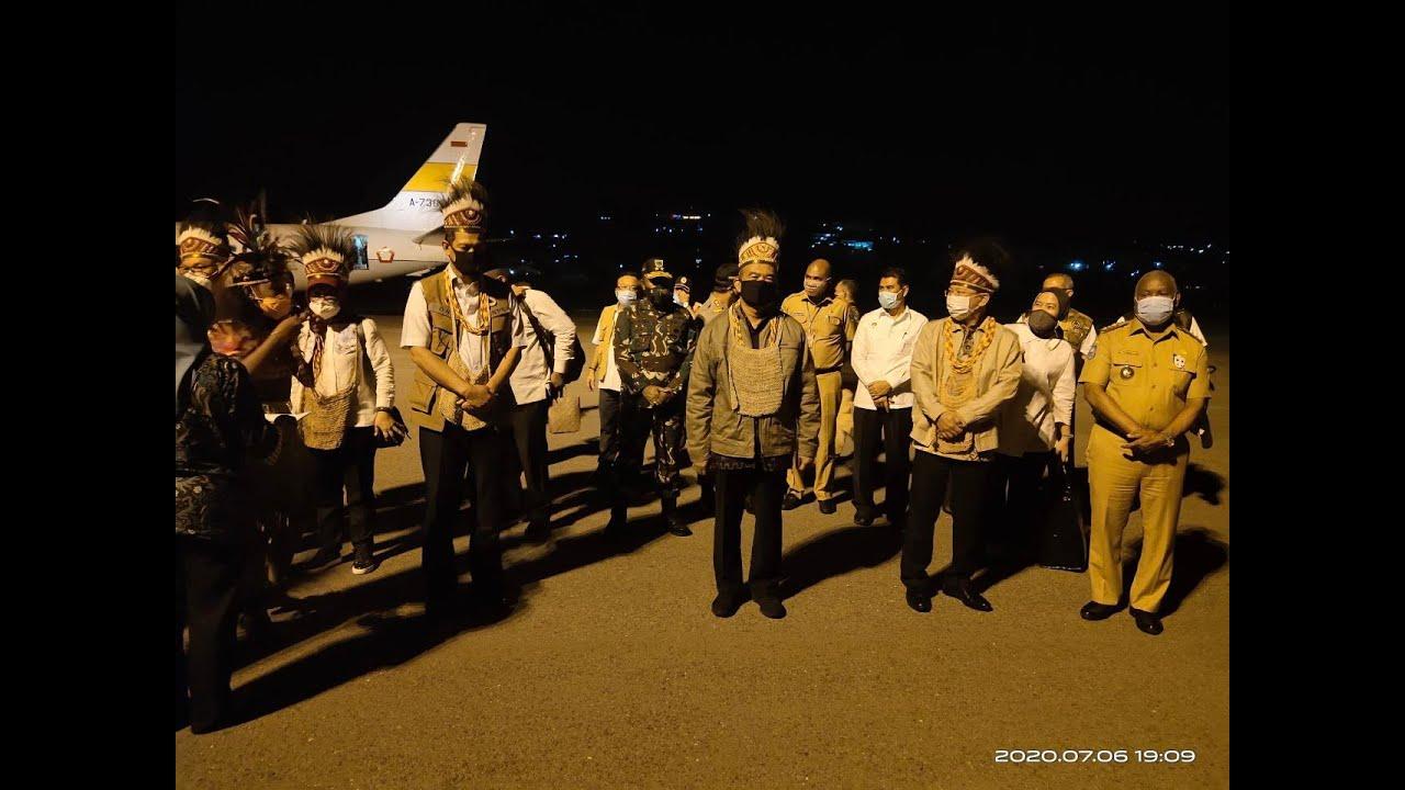 Rombongan Menteri Tiba di Manokwari, Papua Barat