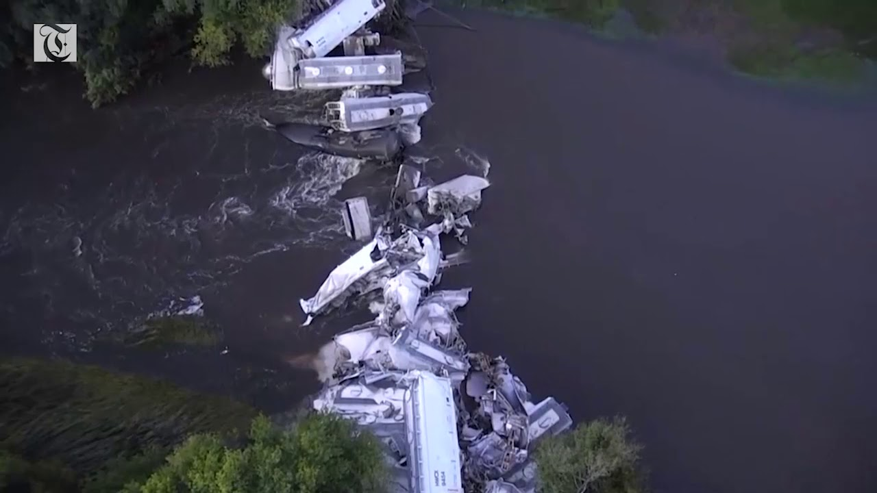 Dramatic drone footage shows train derailed in Iowa