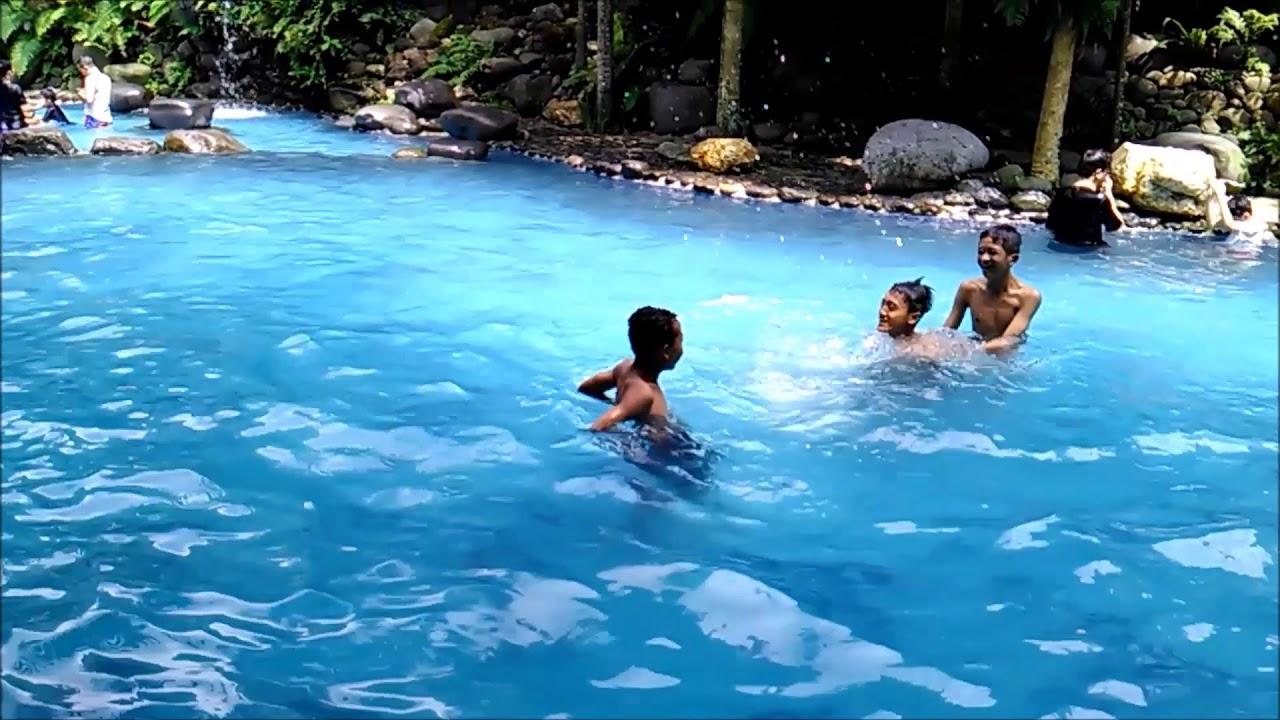 Kolam Renang Di Tempat Wisata Watu Gunung Lerep Ungaran