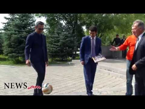 Youri Djorkaeff Performs Football Freestyle For News.am Sport In Yerevan