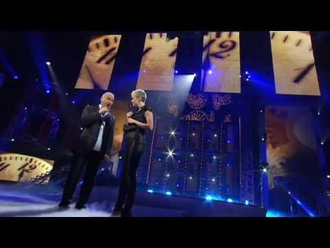 Brigitte Boisjoli chante en duo avec Michel Fuguain   Star Académie 2009