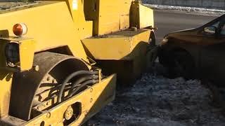 Жіберуге сынған припаркованный минивэн арналған Днепровской