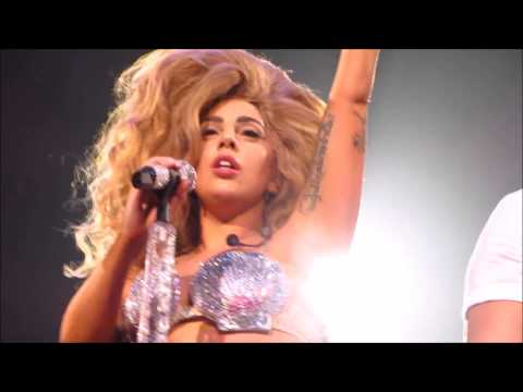 Lady Gaga - Venus / MANiCURE (Live At ArtRave Chicago 7/11/14)
