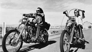 Сезон байкеров. Супер мотоциклы Harley Davidson.