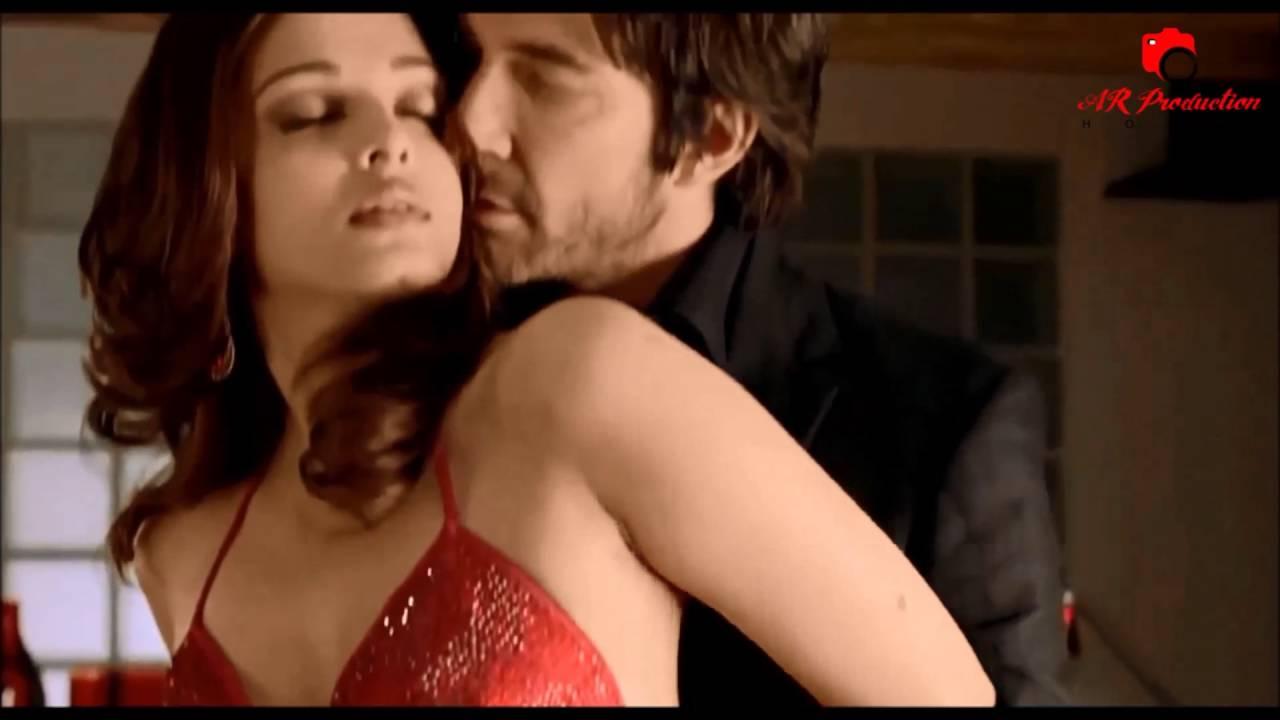 Aishwarya Rai Very Hot Bedroom Scenes  Aishwarya Rai -9527