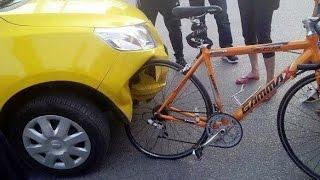 Как вести себя на дорогах Германии? Велосипед против машины(Небольшой взгляд на несколько ситуаций с ПДД в Германии. В Россию еду в основном из-за семейных обстоятельс..., 2015-09-05T21:55:06.000Z)