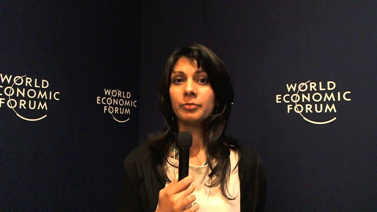 Anoka Abeyrathne - World Economic Forum on India 2012 social media corner
