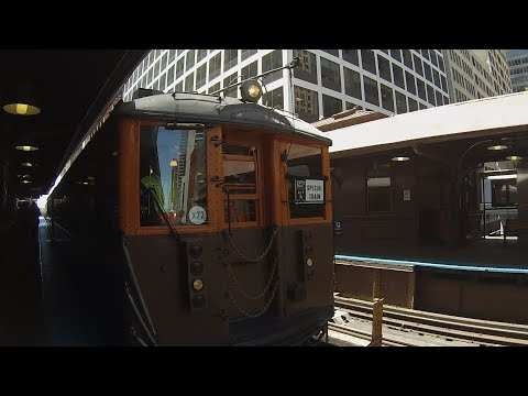 Chicago CTA Historic 4000-Series L Train On Chicago Loop For 125th Anniversary Of L