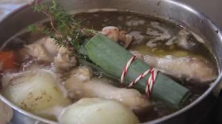 Настоящий куриный суп со свиными рёбрышками