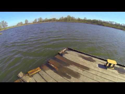 мостки на реке для рыбалки