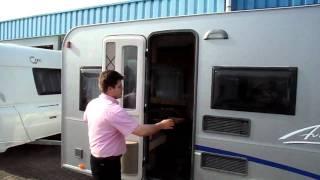 Burstner Averso 460 TL Silver bij Meerbeek Caravans  CampersMP4