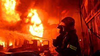 بالفيديو والصور... حريق ضخم يشرد الآلاف في بنغلادش