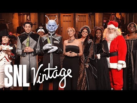 Kristen Wiig's Thanksgiving Monologue - SNL
