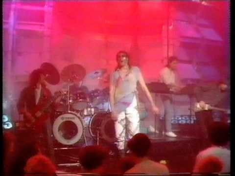 marillion---punch-and-judy.-top-of-the-pops-1984