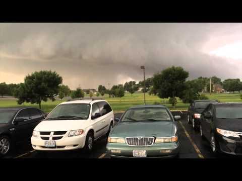 Tornado Sightings in Lee's Summit, MO on 7/1/15.