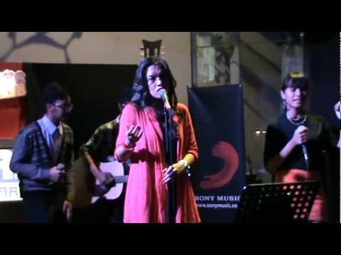 Free Download Audrey Cantika Feat. Gamal - Akuilah Aku Mp3 dan Mp4