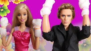 Необычное свидание Барби и Кена.
