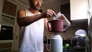 Como fazer um café caseiro gostoso.