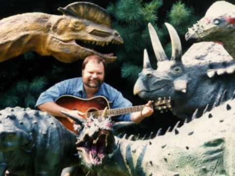 Buddy Davis sings I KNOW ALL THE DINOSAURS Music Video