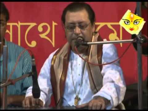Pandit Sreekumar Chattopadhyay at Samajsebi Sangha 2012 Panchami