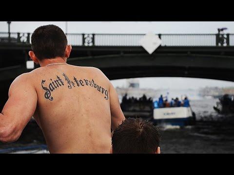 Футбольные фанаты штурмуют Петровский стадион. Жизнь болельщиков. No криминалити 1.3