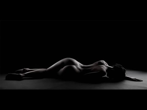 Красивые голые девушки и женщины, эротические фото