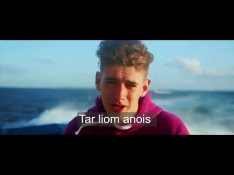 Tar Liom Go hÁrainn -  Na Vamps as Gaeilge