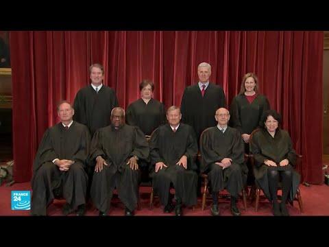 المحكمة العليا الأمريكية ترفض إلغاء قانون باراك أوباما للتأمين الصحي  - نشر قبل 3 ساعة