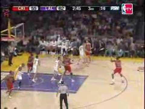 LA Lakers 106 - 78 Chicago Bulls NBA 2007/2008 Highlights
