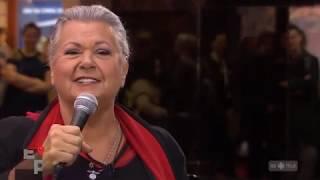 Ginette Reno''Je serai là' Live TV 2018