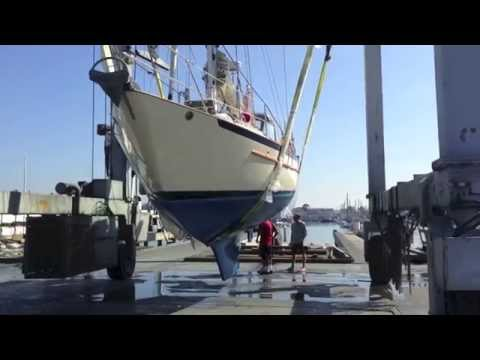 Pacific Seacraft 37 Sailboat Haul Out Hull Design and inspection for survey By: Ian Van Tuyl