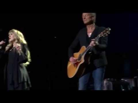 Fleetwood Mac Sunrise Florida BB&T Center December 19 2014 Landslide