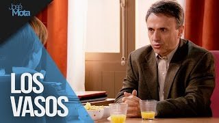 Usted me tiene manía: los vasos | José Mota presenta...