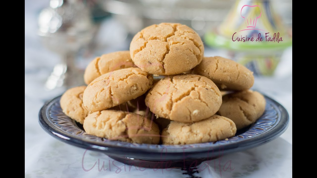 Ghriba bahla moroccan cookies youtube for Amhaouch cuisine