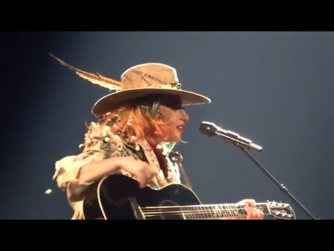 Lady Gaga  Joanne   Joanne World Tour  Pittsburgh PA  PPG Paints Arena  112017