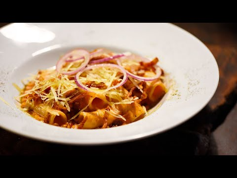 summer-amatriciana-with-crispy-bacon-and-roman-pecorino- -molto-italian-recipes
