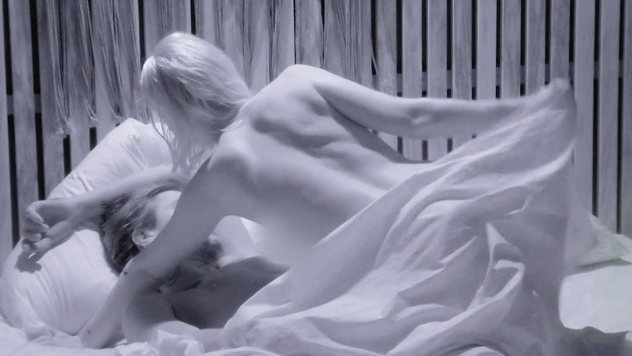 Här bryts alla löften - Se Malte och Blommans heta natt | Paradise Hotel 2020