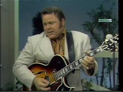 Roy Clark - Alabama Jubilee (&) Flop Eared Mule (exclusive bonus)