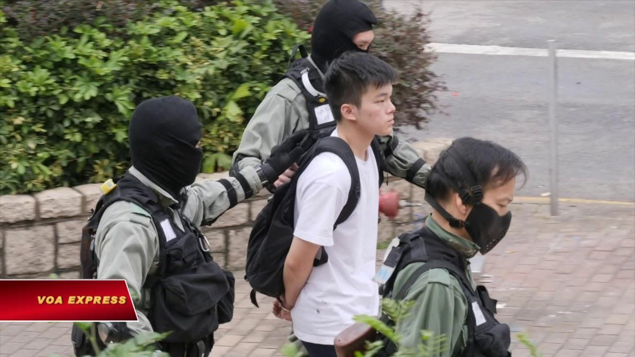 Biểu tình Hong Kong: Trường học biến thành 'trận địa' (VOA)